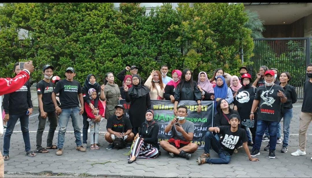 Peduli Ramadhan, Surabaya Community berbagi Takjil Gratis di Wilayah Surabaya