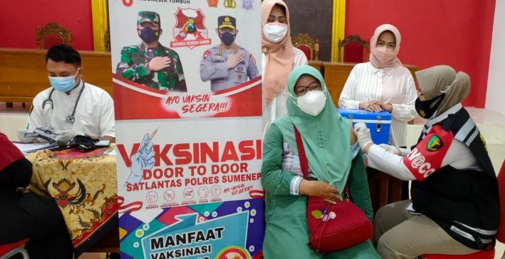 Animo Masyarakat Kabupaten Sumenep Mengikuti Vaksinasi Covid-19